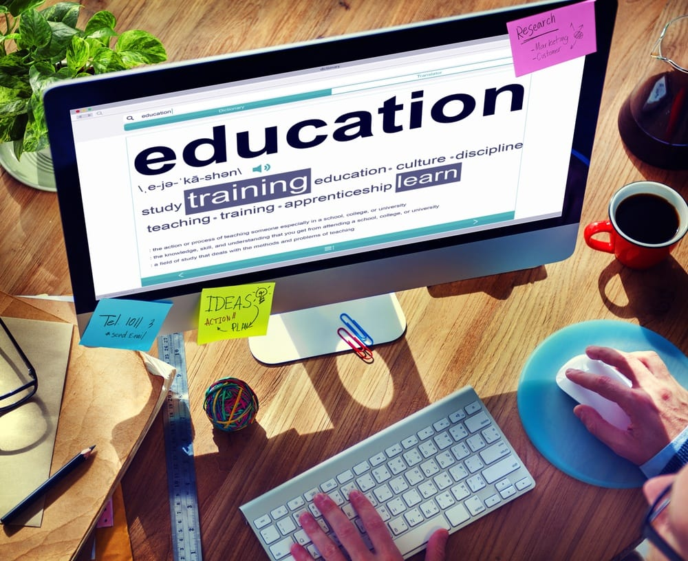 feesmustfall: 25 free education sites